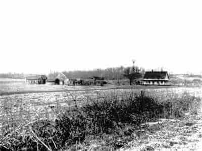 Historic picture of the Queens County Farmhouse in 1927